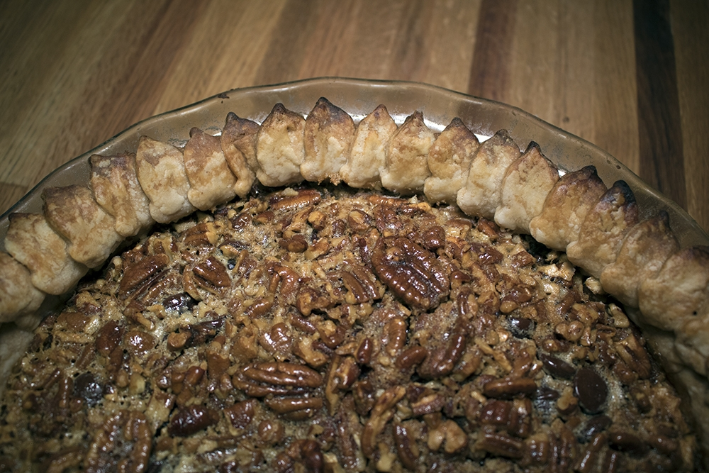 Read more about the article Bourbon Chocolate Pecan Pie