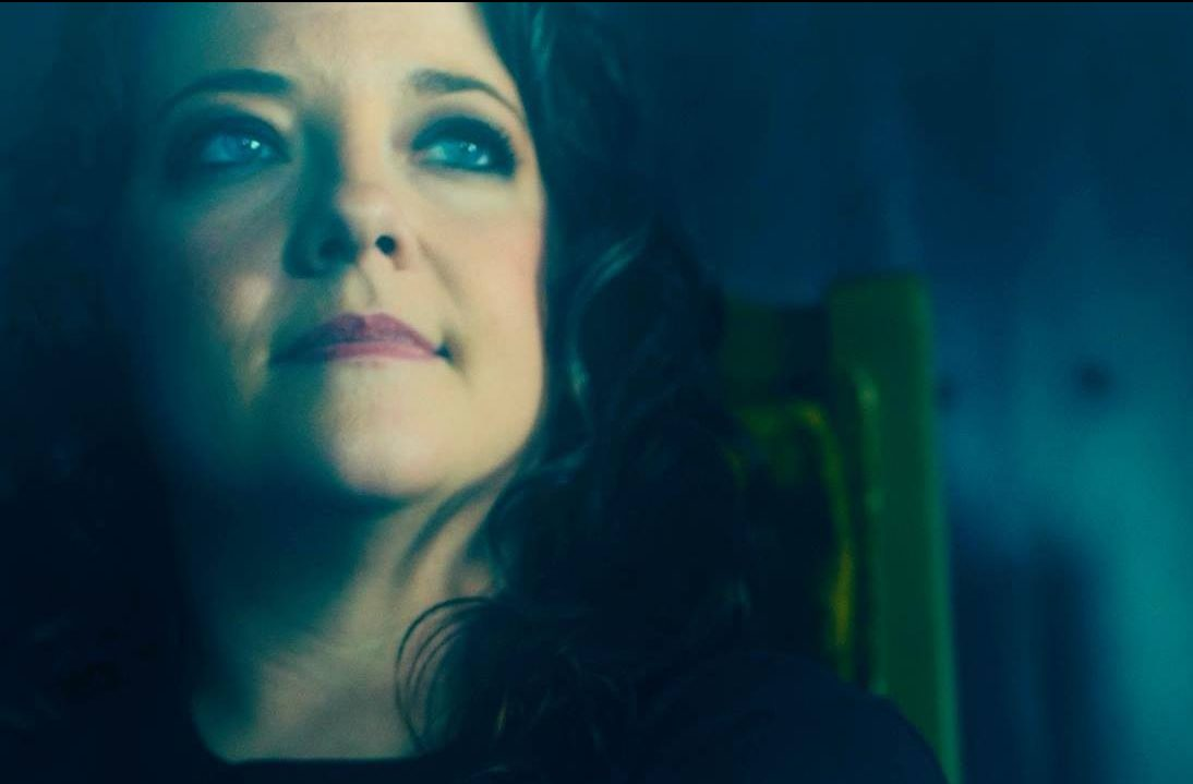 """""""Girl Going Nowhere"""" the soulful album by Ashley McBryde"""