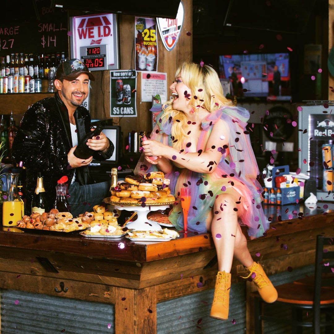"""""""Brunch Drunk"""" The brunch time hit from country duo Hasting & Co."""
